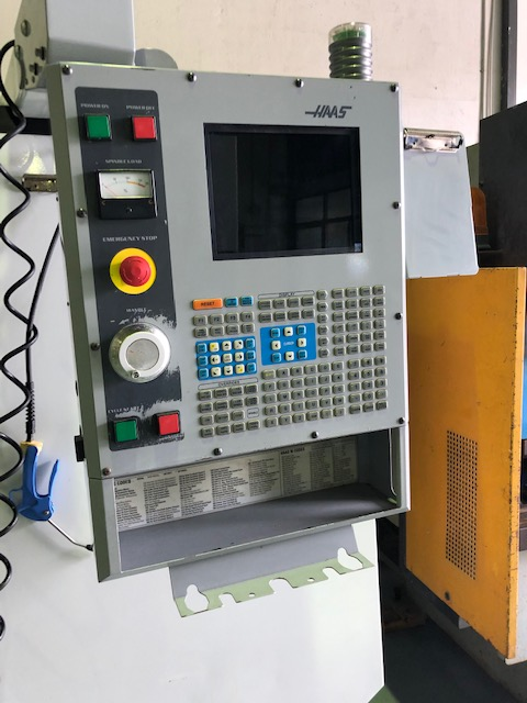 CENTRO HASS VF5 CNC
